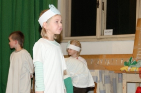 14.12.2016 - Vystoupení mateřské školy na besídce ZŠ a MŠ Luková